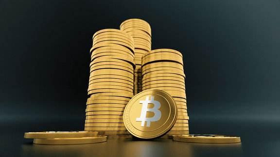 日本央行行长黑田东彦:加密货币监管需要避免阻碍创新