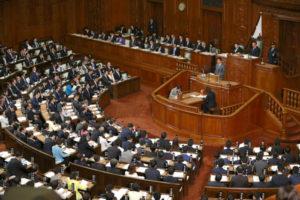 威胁解散众议院提前选举 日本自民党挨批