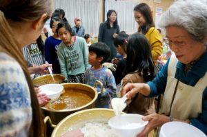 """这些""""贫困儿童食堂""""代表了整个日本社会的善意"""