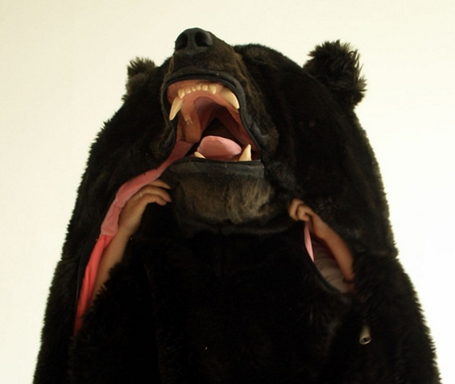 EIKO ISHIZAWA The Great Sleeping Bear より引用