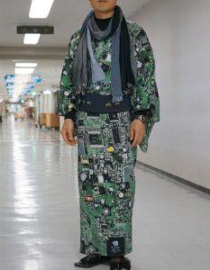 大写的服!日本设计师打造印刷电路板和服