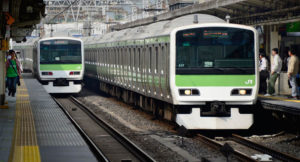 东京山手线上线安装监控摄像头的新车 东京奥运会所有车辆皆安装