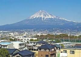日本静冈县黄金周期间游客减少 或受降雨影响