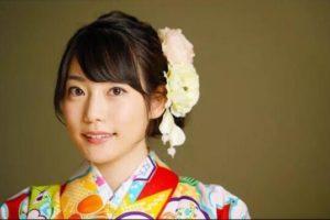日本将棋美女进军娱乐圈:收入供我大学学费