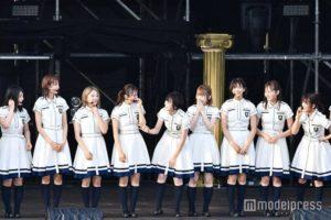 榉坂46&平假名榉坂46户外演唱会披露新曲 平手友梨奈压轴登场