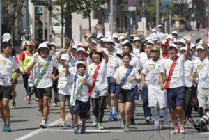 日本各地为东京奥运造势 地震灾区接力活动启动