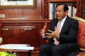 河野会见柬埔寨外长 敦促努力建设民主国家