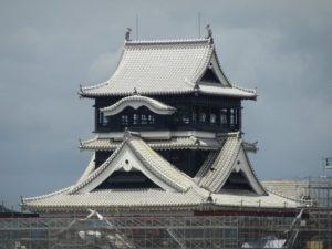 熊本城大天守顶部修复完成再现雄伟英姿