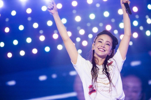 【国际苹道/日本】许仁硕:余音绕梁─安室奈美惠的引退效应