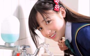 桥本环奈第一!日媒:最娇小可爱的女艺人