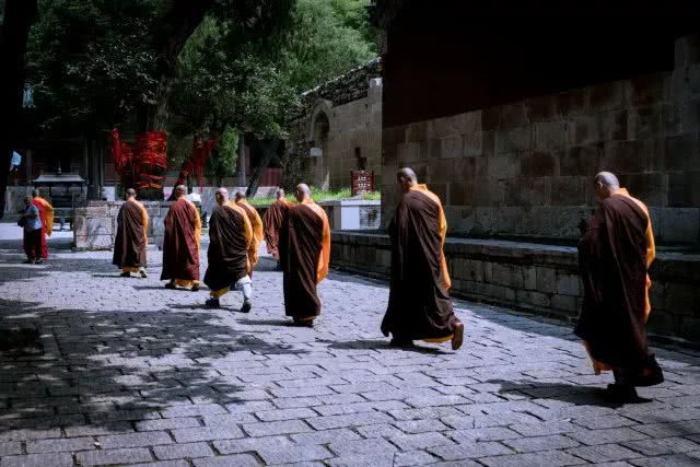 祖师们对佛法的殷重之心