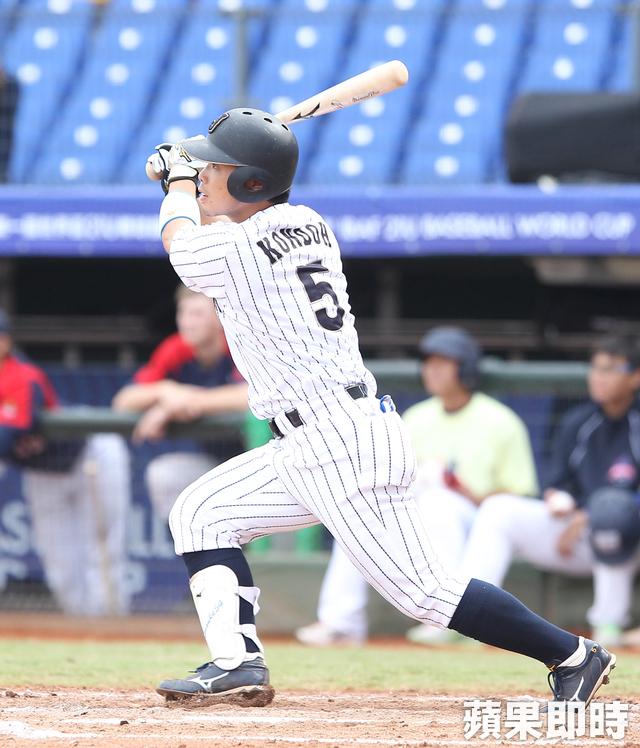 【洋联季后赛】8上连3支二垒打日本火腿4比2胜软银鹰
