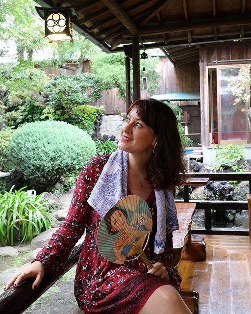 日本の銭湯を愛するフランス人ジャーナリスト、ステファニー・コロインさん【連載:アキラの着目】