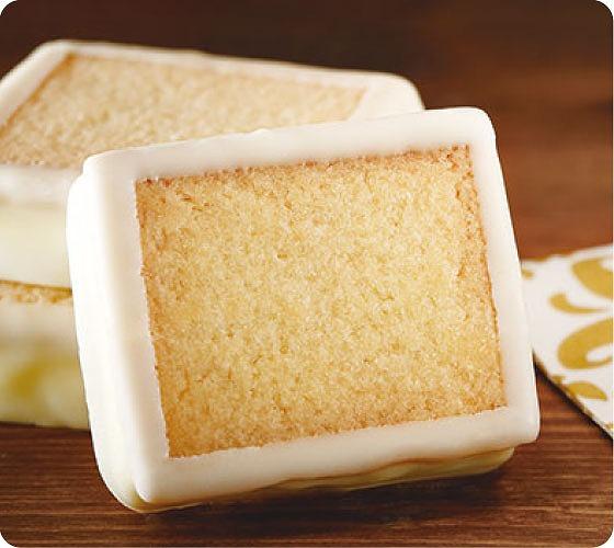 ハスカップジュエリー・ホワイトバージョン 「ハスカップジュエリー - こだわりのもり、おいしさのもと morimoto|北海道千歳市の菓子工房 もりもとのウェブサイトへようこそ」から引用