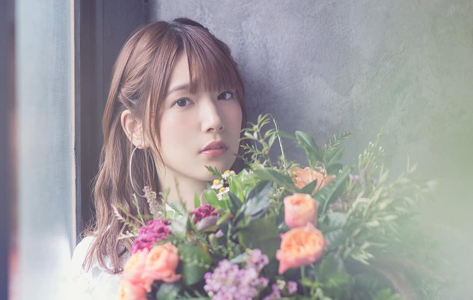 现场评论!内田真礼推出首次巡演光碟发售纪念节目