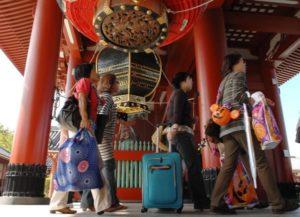 10月访日外国游客恢复增长 全年或超3000万人次