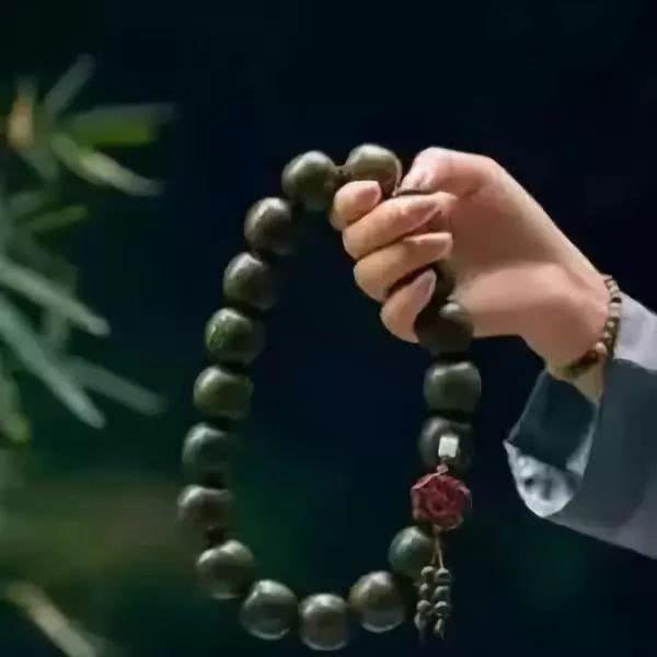 【小陆精选佛教人生】在清净、平等、自在、随缘的状态下才是真正的念佛20181118