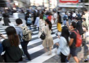 日本服务业导入自动化盛情待客传统恐难为继