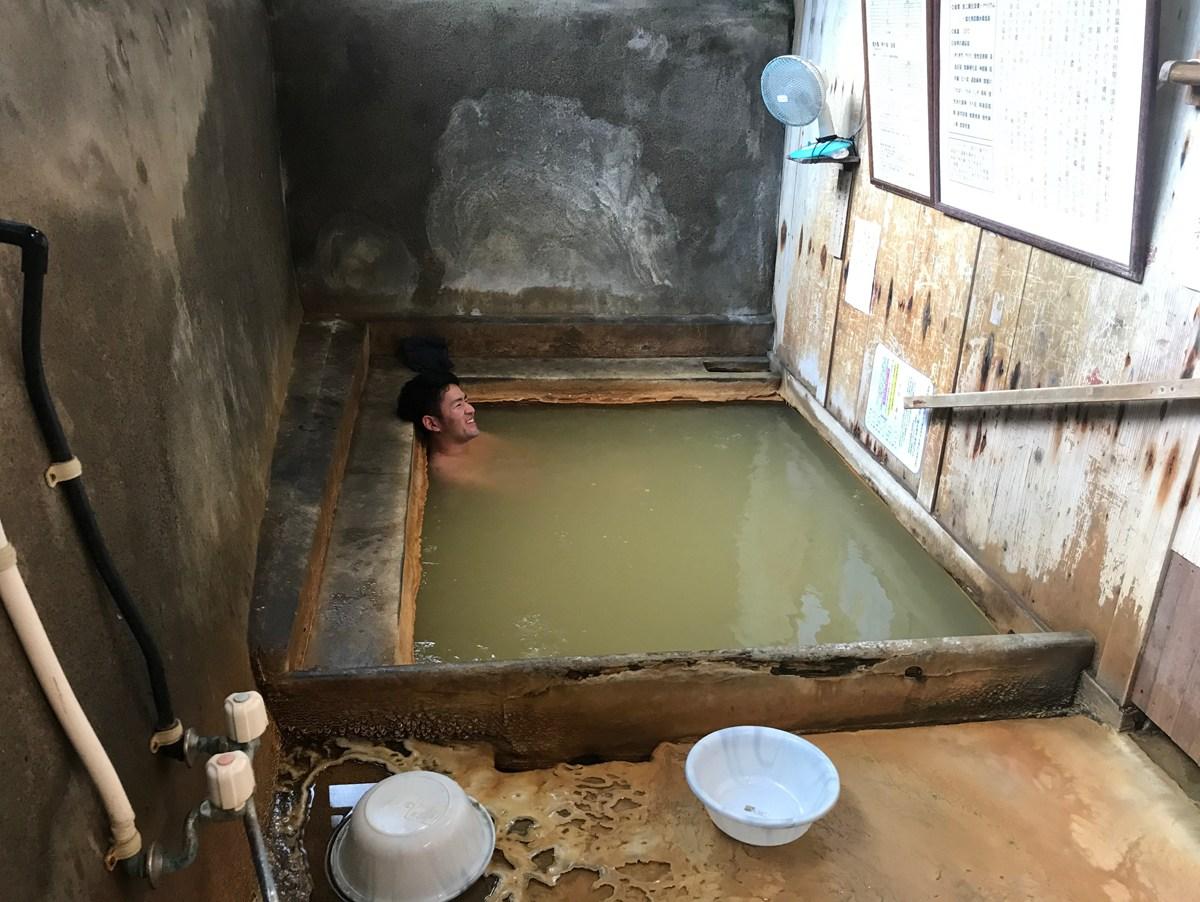 有名観光地の温泉に飽きたら見るサイト「ひなびた温泉研究所」【連載:アキラの着目】