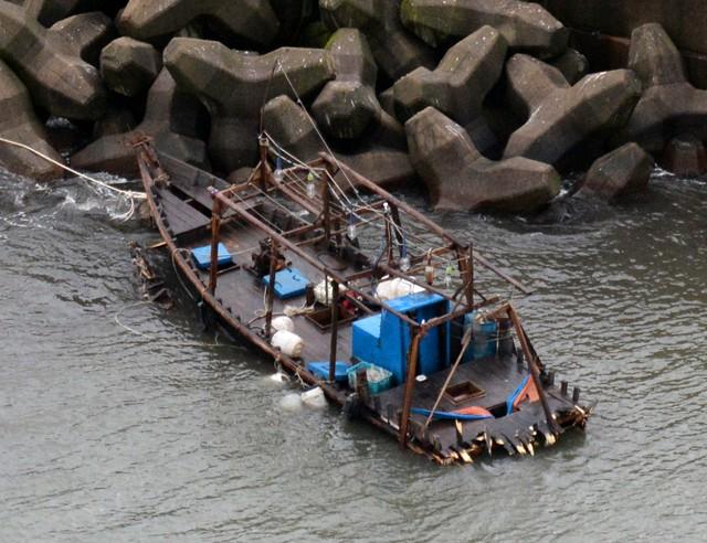 疑似从朝鲜漂至日本的木船数今年创新高