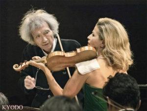 83岁的小泽征尔时隔4个月再登舞台