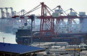 快讯:日本11月贸易逆差7373亿日元