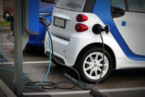 日本混合动力车保有量达到750万辆 电动化进程加快