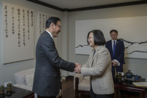 蔡英文接见日本议员盼公投不影响台日关系