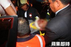 日商前负责人自撞受困消防抢救送医不治