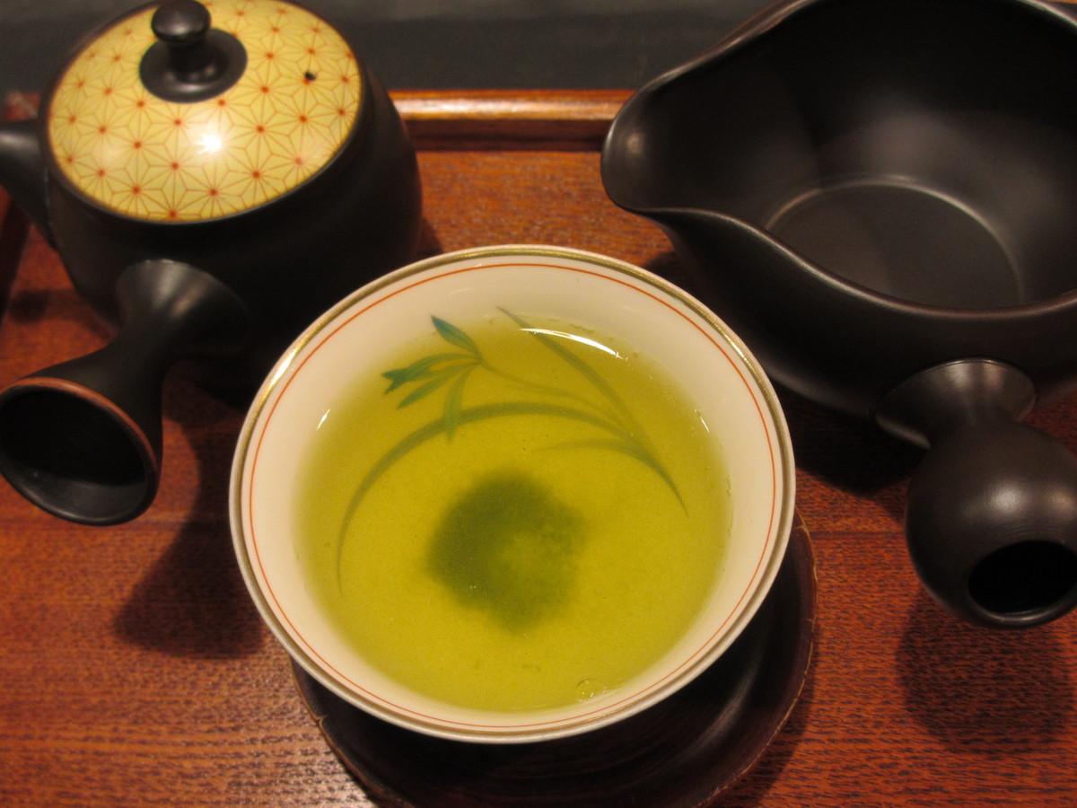 特上煎茶 | 月光 お餅と日本茶専門喫茶店 台東区下町根岸・鶯谷HPから引用