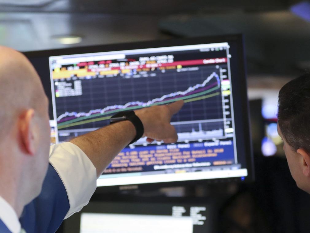 日本股市:日经指数因日圆升值而下跌,企业财报出炉前市况审慎