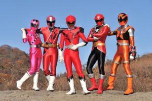 浅川梨奈演《超级战队最强战》 以神秘少女身份登场
