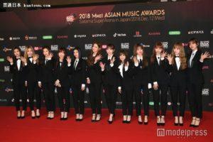 韩日女子演唱组合IZ*ONE首次公开演唱日本出道歌曲