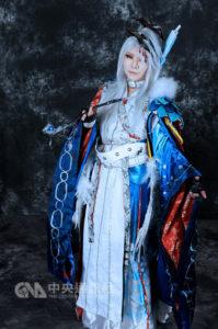 日本Coser冠军助阵动漫节扮装东离剑游纪演出