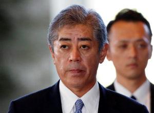 避谈是否协防台湾日防卫相吁两岸问题和平解决