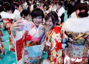 【世界一瞬间】日本女生成年礼