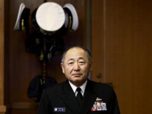 中国军机舰频绕台日本自卫队幕僚长:非常关切