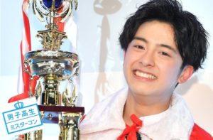 日本「最帅高中生」 超嫩口小鲜肉惹人疼