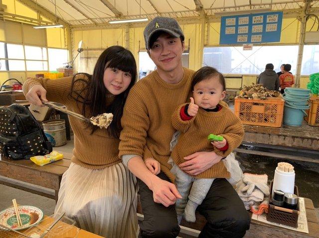 福原爱上传全家福贺年四口体验日本新年
