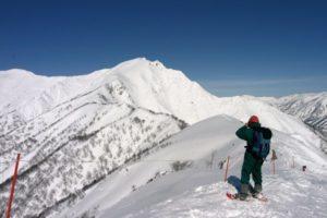 至壮观!谷川岳天神平滑雪场