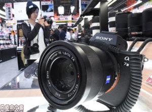 日本2018年无反相机供货量首次超过单反