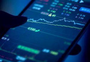 日本股市:日经指数小幅收涨至两个月新高,软银集团下滑