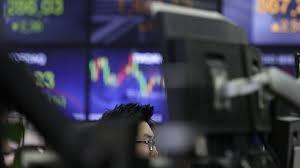 迹象显示美国经济强劲日股收高