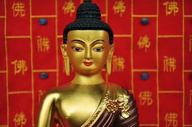 所有念佛人临终前都感恩释迦佛,他究竟有什么功德?