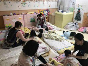 日本东京出现唯一一家24小时托儿所,可深夜接孩子回家