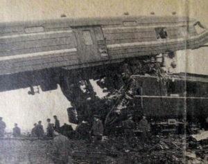 日本高知学艺高中举行上海列车事故31周年悼念仪式