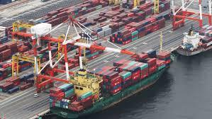 快讯:日本2月贸易顺差3390亿日元