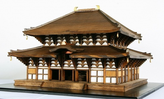 うづくりで木目の質感や深みを再現・東大寺大仏殿模型【連載:アキラの着目】