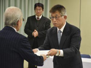平成最后统一地方选举暴怒市长4度当选
