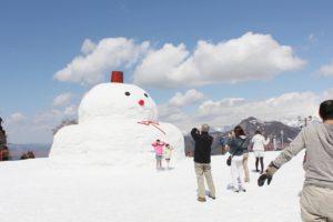 日本新潟汤泽高原滑雪场举办春雪活动 玩雪赏景美食一个都不少